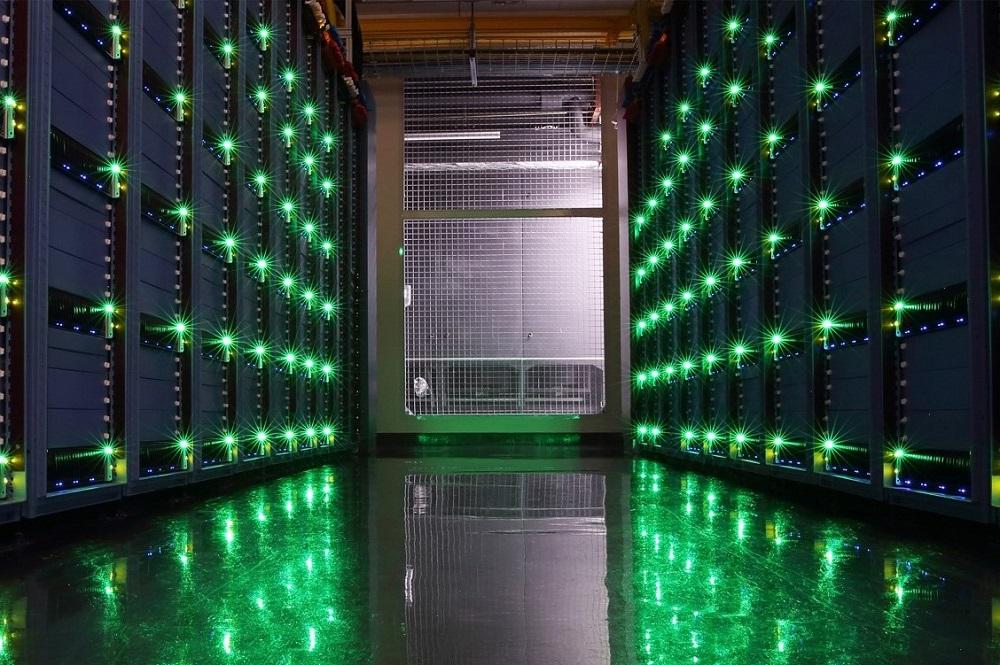 位於浙江省杭州、江蘇省南通和內蒙古省烏蘭察布的3座阿里雲超級數據中心已經落成,並陸續投入服務。