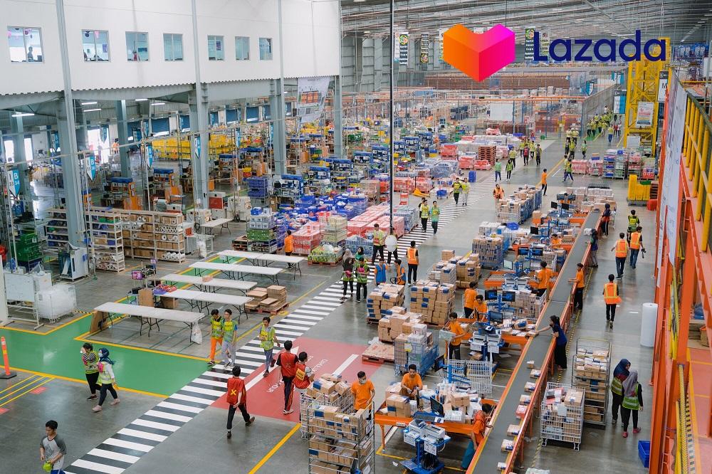 Lazada為天貓品牌提供「全鏈路」東南亞跨境物流解決方案,品牌可以選擇空運小包裹或海外倉備貨直接出口東南亞。